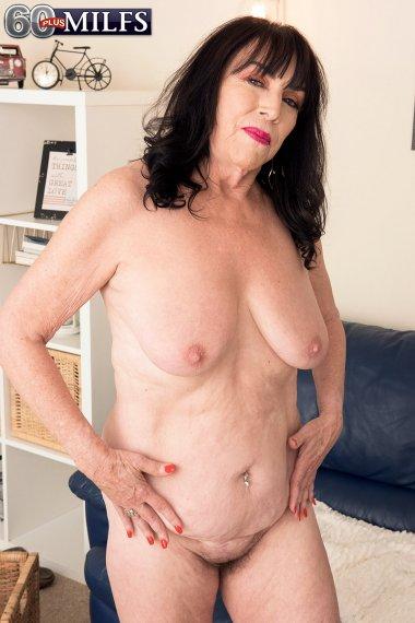 71-year-old Christina Starr returns