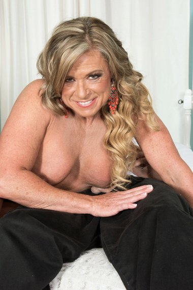 Hot blonde MILF fucking with younger guy