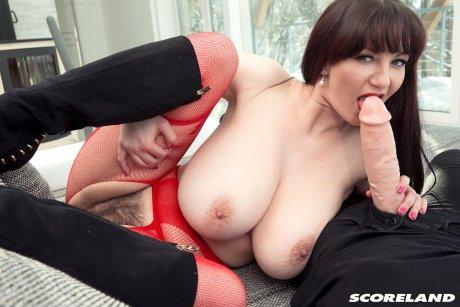 Brunette big boobed Vanessa Y sucking and fucking