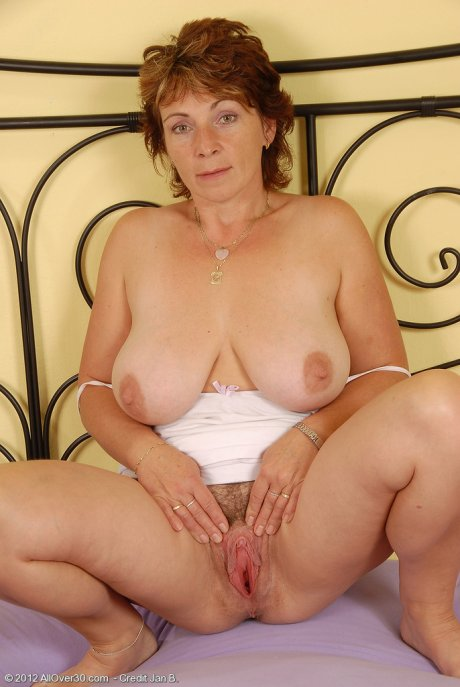 42 year old Misti from AllOver30 throwing her tits and spreading her gash